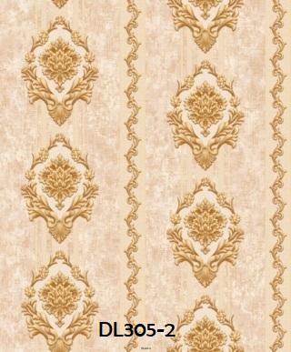 Wallpaper dinding salur klasik warna gold